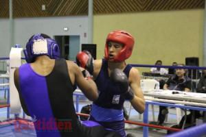 gala de boxe française - plateau caillou août 2017 - payet pierre (casque rouge) contre william cadet.