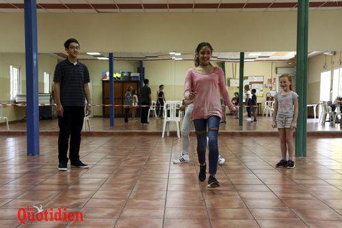 troupe de théâtre jeune salle municipale araucarias dossier q
