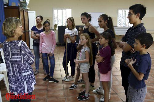 Le Tampon, troupe de théâtre jeune salle municipale araucarias dossier quotidien des jeunes Photo Yann HUET